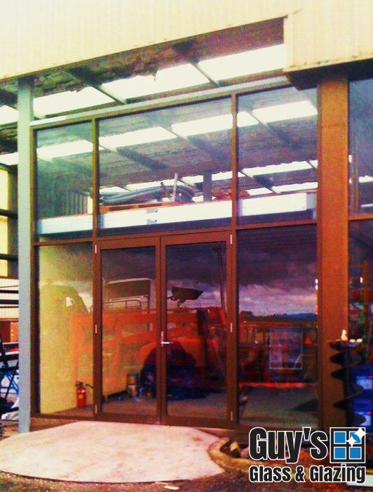 guys-glass-glazing-example-new-shop-front-balwyn-2013-1